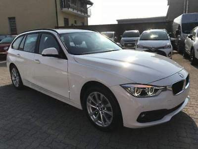 BMW 318 d Touring Business Advantage + Navi e Retrocamera