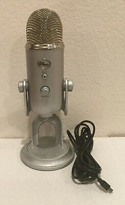 Blue Microphones Yeti Professional USB Microphone - Silver