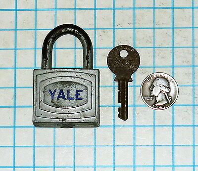 Genuine Vtg Old Antique Yale & Towne Lock Co Early Warded Padlock & Key # 6 Six