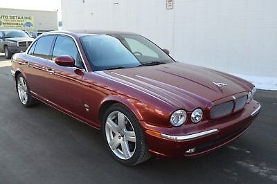 Jaguar: XJR British sport sedan
