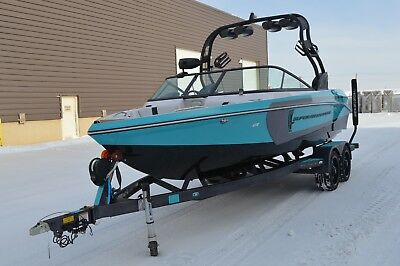 2015 Super Air Nautique (only 16.5 total hours)