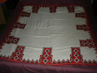 #339 Beautiful Vintage Hand-Embroidered Linen Tablecloth  53''/51''(136cm/129cm)