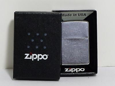 NEW Zippo Lighter #207 with Collector's Box Classic Regular Street Chrome USA