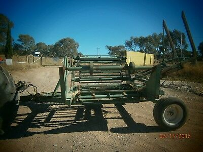 Round Hay Bale Feedout Trailer Tractor Hydraulic Drive 2 Bales