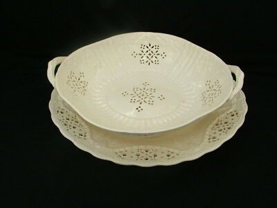Leedsware Classical Creamware two handled salad dish and stand