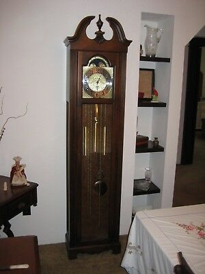 Old Howard Miller 611-138 Princeton Grandfather Pendulum Floor Clock Cherry Wood