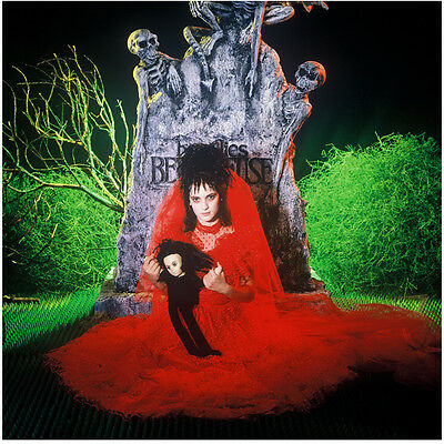 Beetlejuice Wynona Ryder as Lydia in red dress 8 x 10 Inch Photo