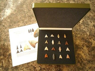 16 x Quality Miniature Neolithic Arrowheads in Display Case - 4000BC - (O038)