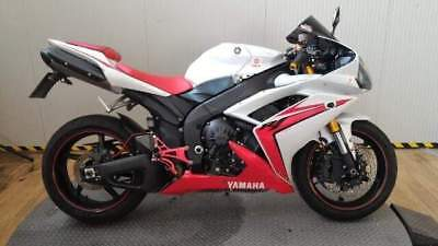 YAMAHA YZF R1 www.actionbike.it - export price