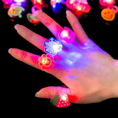 10/50Pcs LED Flashing Glow in Dark Finger Rings Party Favor Funny Toys Kids Gift