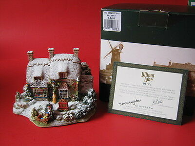 Lilliput Lane  -  The Christmas Present - 2002 - Special Christmas Edition L2486