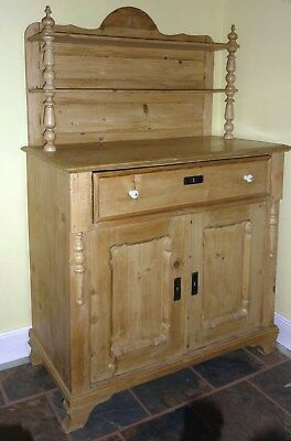 Beautiful Old Pine Small Dresser/chiffonier