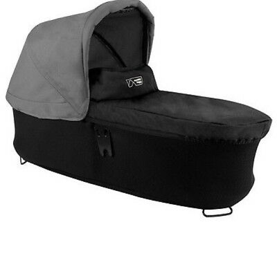 Mountain Buggy Carrycot Plus In Black And Silver Canopy  V 3 FREE POST