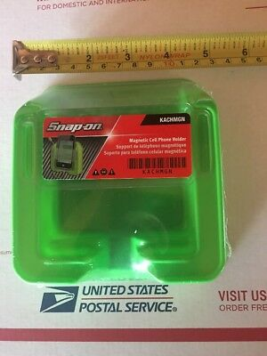 Snap On Green Magnetic Cell Phone Holder. Sealed And New For 2018