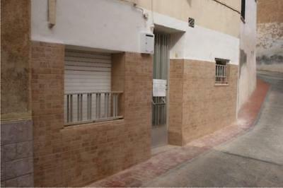 LOW PRICED 5 BED TOWNHOUSE, 1 BATH, 4 FLOORS, NEAR BENIDORM, SPAIN (216m2)