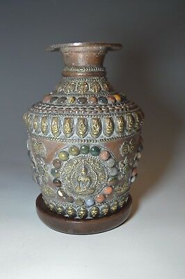 A old Tibetan Copper pot with brass  cabochon decoration  中国古董
