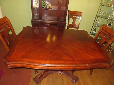Antique Wooden Brown Dining Room Table 46 x 50 Traditional Furniture America Set