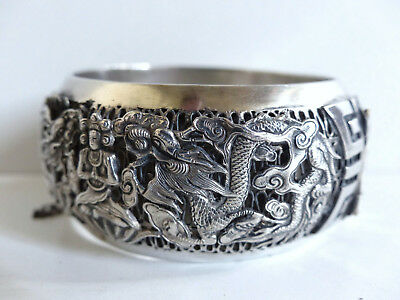 SUPERB ANTIQUE CHINESE SILVER BRACELET BANGLE w. DRAGONS & BUDHAS