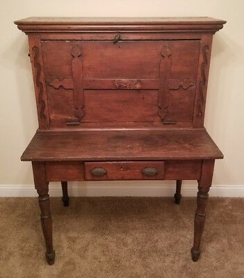 Antique South Carolina Pine Desk