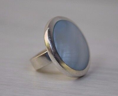 Vintage 925 STERLING SILVER Big Woman's Designer Ring with Mother of Pearl S 7