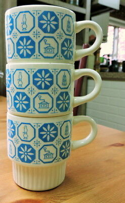 Vintage MiD-CeNTURY STaCKiNG MuGS ~ Made in USA