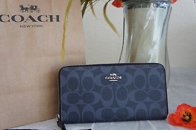 official photos 08e4b 2be9e NWT COACH F57665 Signature PVC Accordion Zip Wallet Denim $250