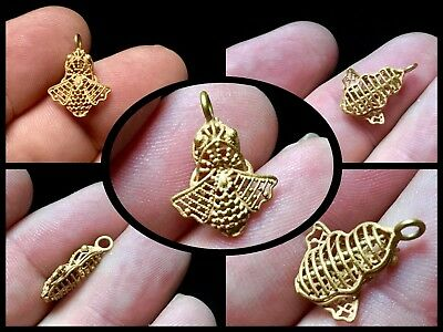 Rare ancient Graeco-Roman high ct gold openwork bee pendant c 1st / 3rd Cent AD.