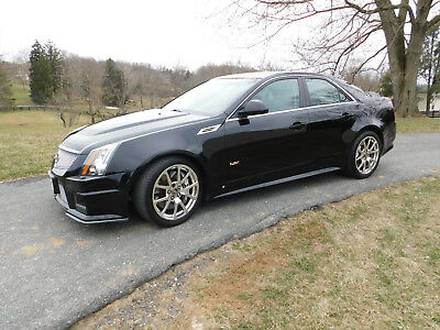 2009 Cadillac CTS CTS-V Supercharged 2009 CTS-V Cadillac; Supercharged, 556 h.p., Recaro, Automatic, VG Cond. (video)
