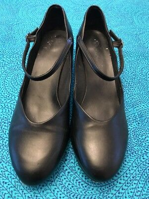 CHARACTER SHOES Black Size 9 1/2 A EUC