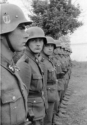 WW2 Photo WWII German Soldiers In Formation World War Two Wehrmacht  / 2269