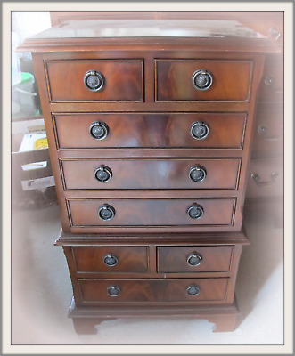 Reprodux Bevan Funnell Miniature Chest Glove Chest 8 Drawer