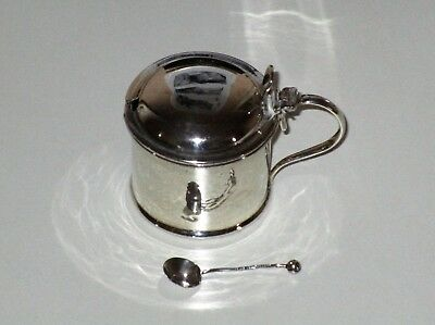 ANTIQUE SOLID SILVER MUSTARD POT HALLMARKED LONDON 1915 EB&S Ld and A SPOON