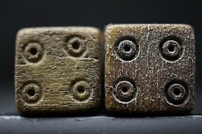 Pair of 2 Ancient Roman BØNE DICE, circa 250-300 AD. Legion Soldiers Game Chip