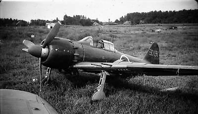 WW2 Photo WWII Abandoned Japanese A6M5 Zero Fighter World War Two Pacific / 6163