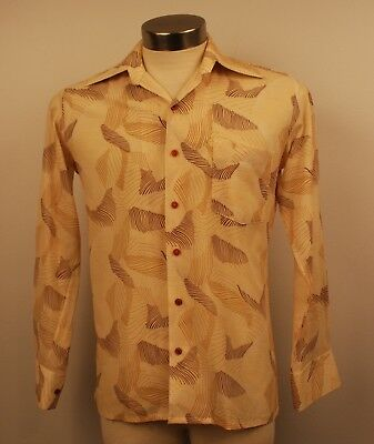 SMALL, ORIGINAL  VINTAGE 1970s SHIRT. CONTINENTAL.
