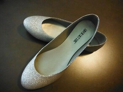 Lower East Side Gold Sparkle Closed Shoes With Tiny Heel - Size 10 Very Cute!