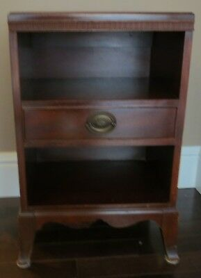 Antique Mahogany End Table Nightstand Beautiful hardware