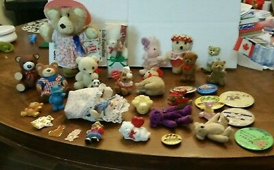 Bears small and tiny.  mixed lot even pins