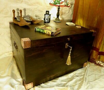 Vintage Large Trunk Blanket Chest Box Pine Wax Polished Coffee Table Lock & Key