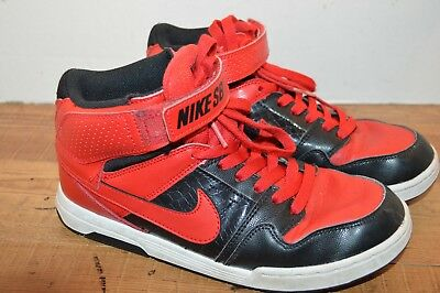 f81855a46eaf BOYS NIKE SB BLACK AND RED HIGH TOP BaSKETBALL SKATE SHOES SIZE 6 YOUTH NICE