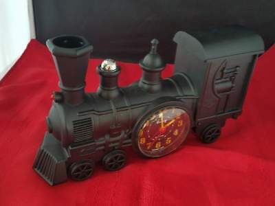 Vintage 1991 Train Locomotive Clock Japan Movement Made in Taiwan 9.25x2.5x5.25""