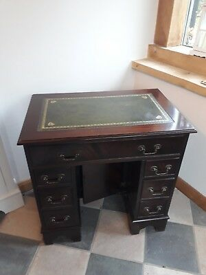 Small Reproduction Pedestal Desk With Green Leather Inlay