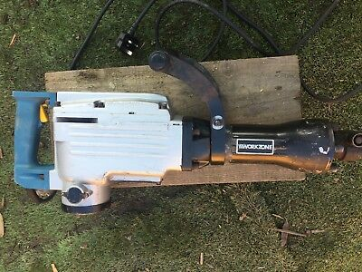 1700 Watt Demolition Breaker with chisels and wheeled case with 3M cable. VGC.