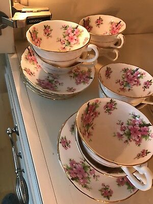 (8) Vintage New Chelsea Staff Tea Cups and Saucers Dogwood