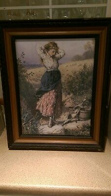 ANTIQUE/VINTAGE OAK PICTURE FRAME 51cm by 42cm  (Nice Picture of Young lady )