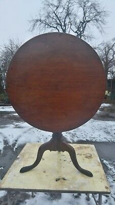 Georgian Mahogany Tilt Top Occasional Table With rare bird cage spinning Top