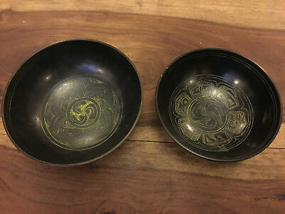 A Lovely Pair Of Oriental Bronze Bowls With Dragon Decoration