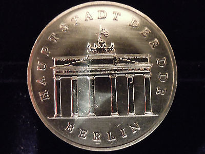 "5 Mark DDR Gedenkmünze ""Brandenburger Tor"" 1987, stempelgl."
