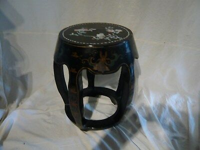 Chinese Lacquered inlaid Mother of Pearl Garden/Drum stool side table