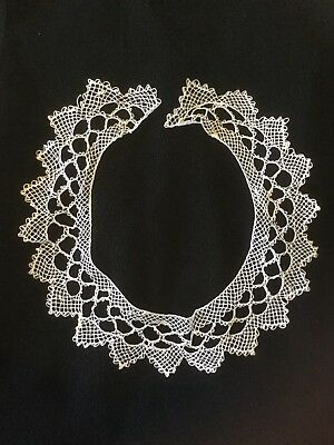 Vintage Ladies Hand Made Lace Collar, or Tatting Round Neck, Never Used